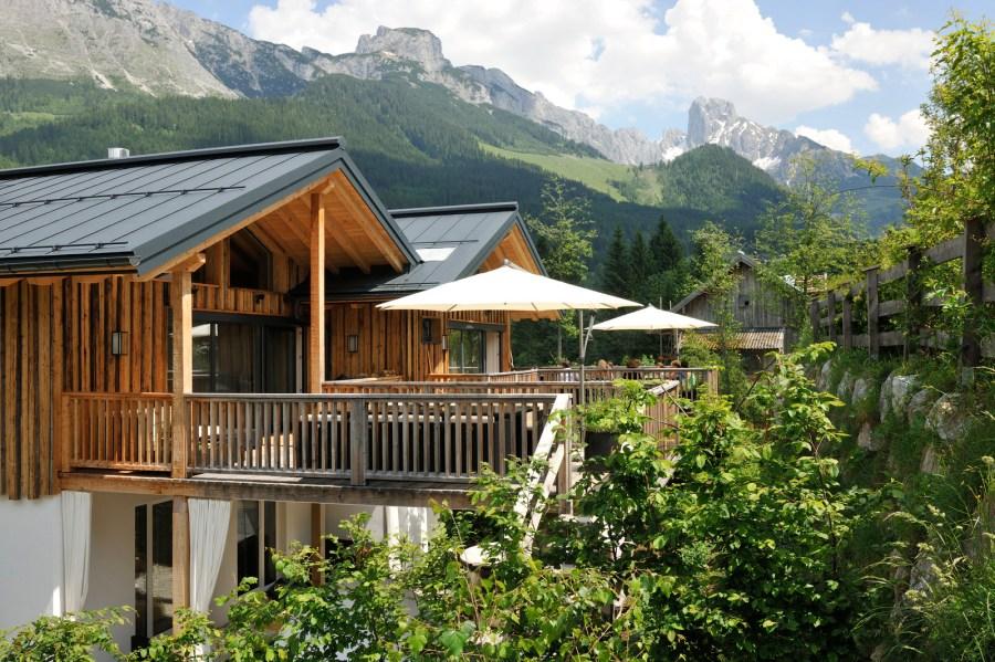 Drei exklusive Chalets von 60 bis 150 m² sind ideal für Ruhesuchende.
