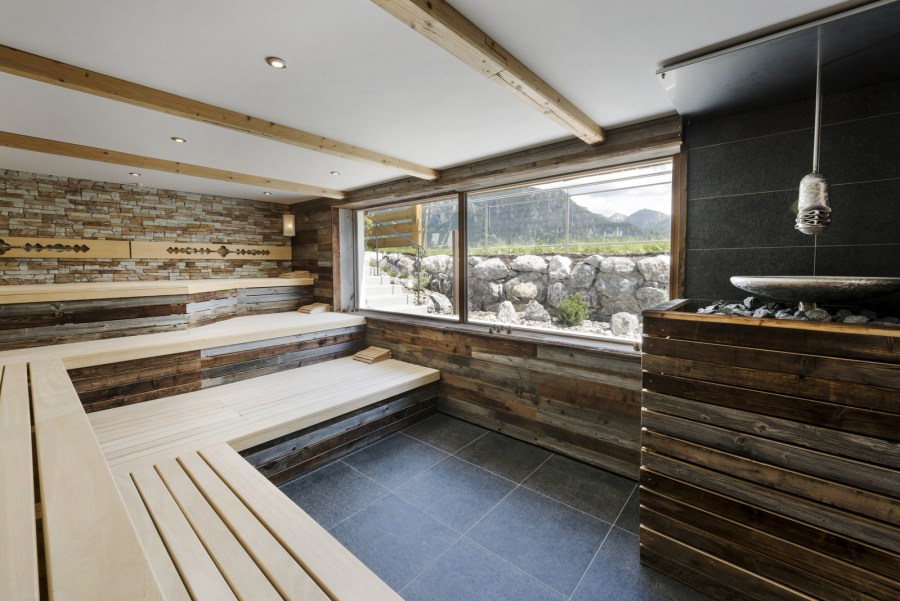 Panorama-Bio-Sauna mit Schlossblick