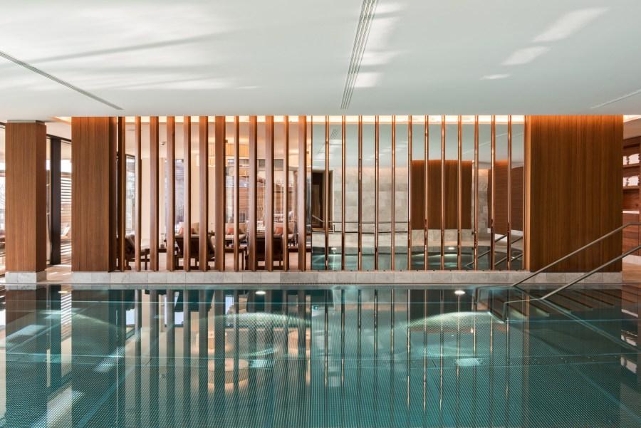 WALDHOTEL HEALTH & MEDICAL EXCELLENCE: Als alternative Energiequelle dient das Wasser des Vierwaldstätter Sees den Schwimmbädern und Bewässerungssystemen.