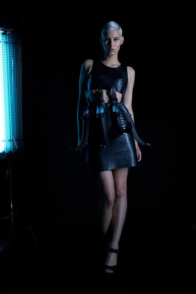 Lina Wassong: Parallax Dress Foto: Ana Catalá / ElektroCouture