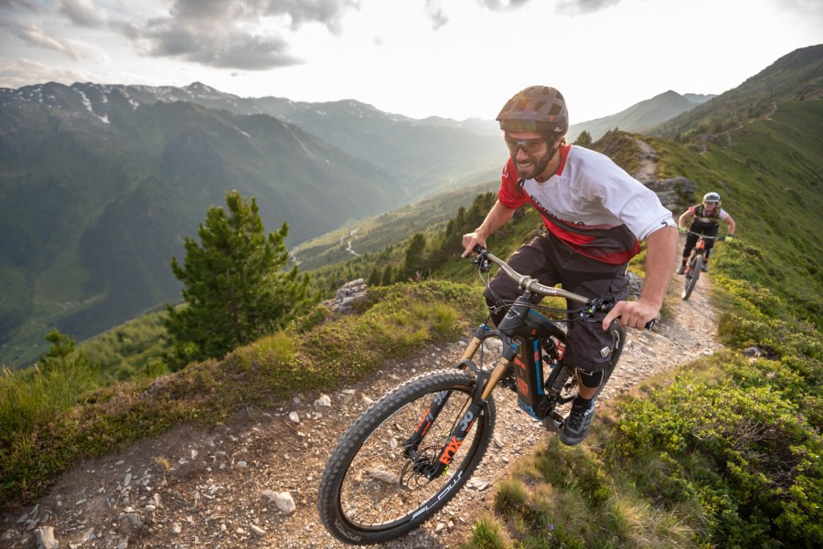 Nox Cycles: leistungsstarken und besonders robuste E-Mountainbikes.