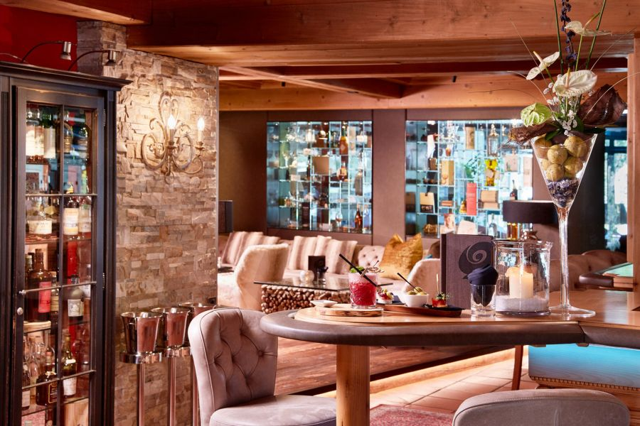 Hotel QUELLE_Bar-Ambiente