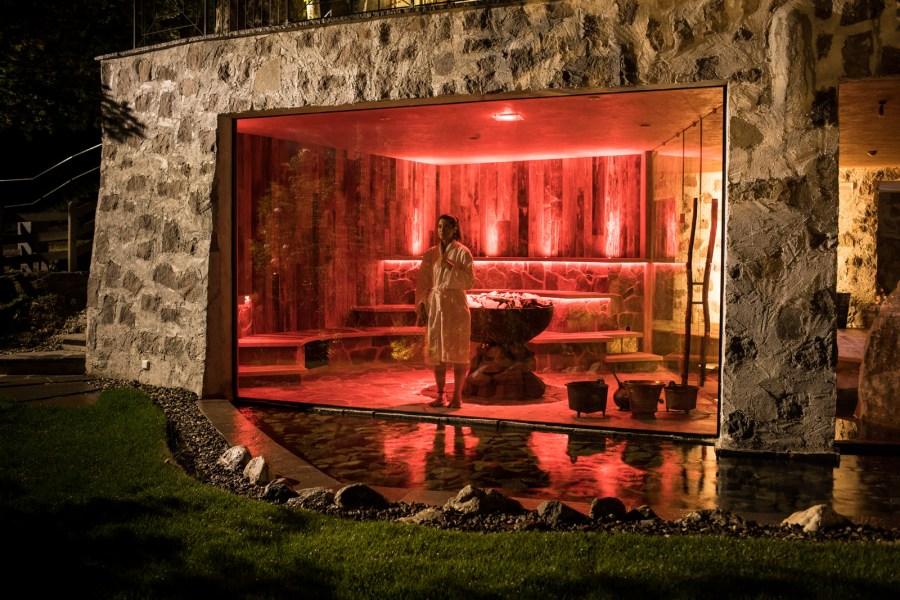 Romantikhotel-Turm_Mystic-Sauna-Rot
