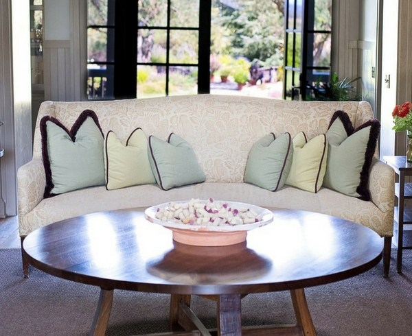 selecting a coffee table