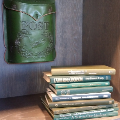 Five ways to display books