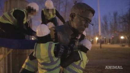 Illicit statue of Edward Snowden erected in Brooklyn