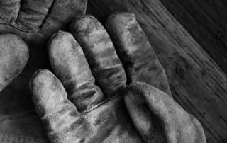 Dirty work glove