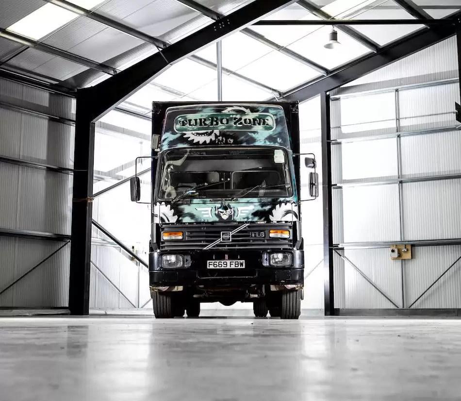 Banksy-1-million-pound-truck-2-art-plugged