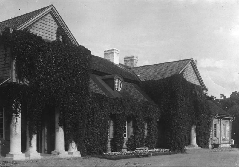 Le manoir de la famille Lubański à Worończa, Biélorussie, 1918-32