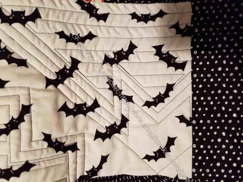 Bat tablerunner - back quilting