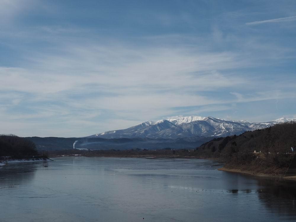 釜房湖から見た蔵王