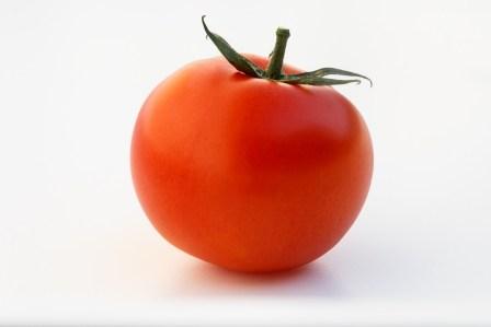 トマトで炊き込みごはん!炊飯器で簡単に作れるトマトご飯のレシピ