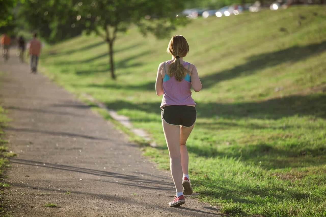 ジョギングの服装!マラソンシューズやウェアの選び方のポイント4選