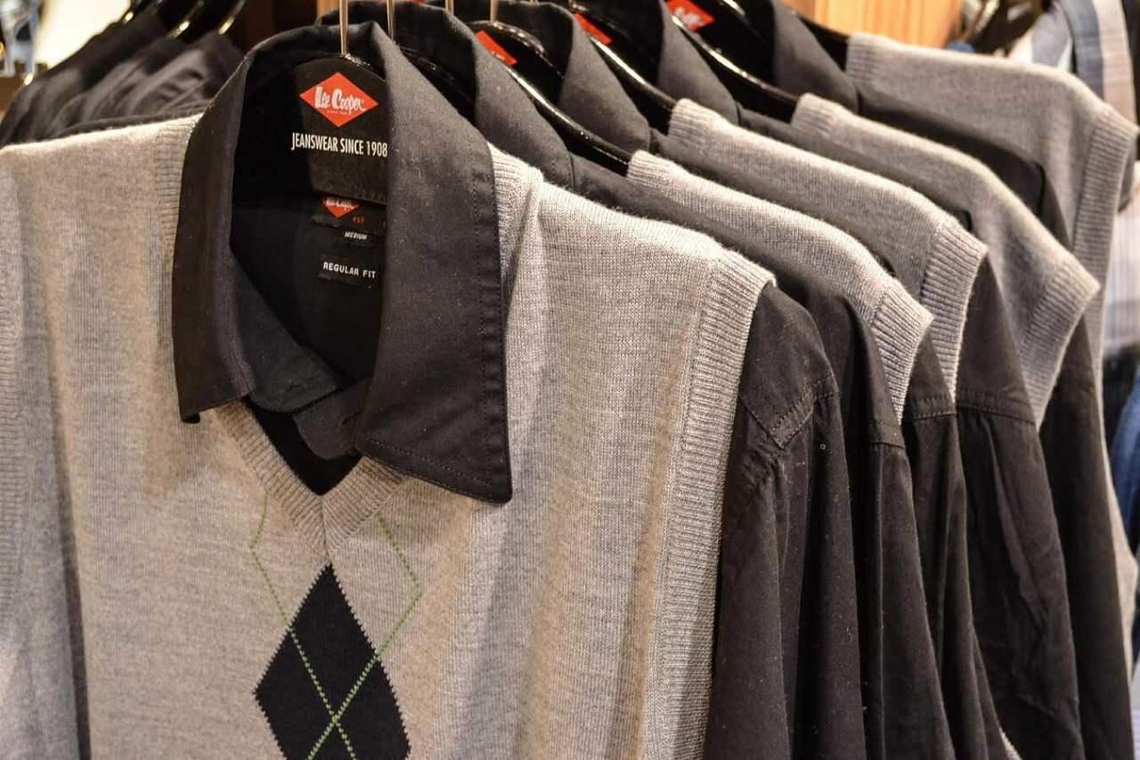 ニットやセーターに大量発生!しつこい毛玉を超簡単に取る方法4選