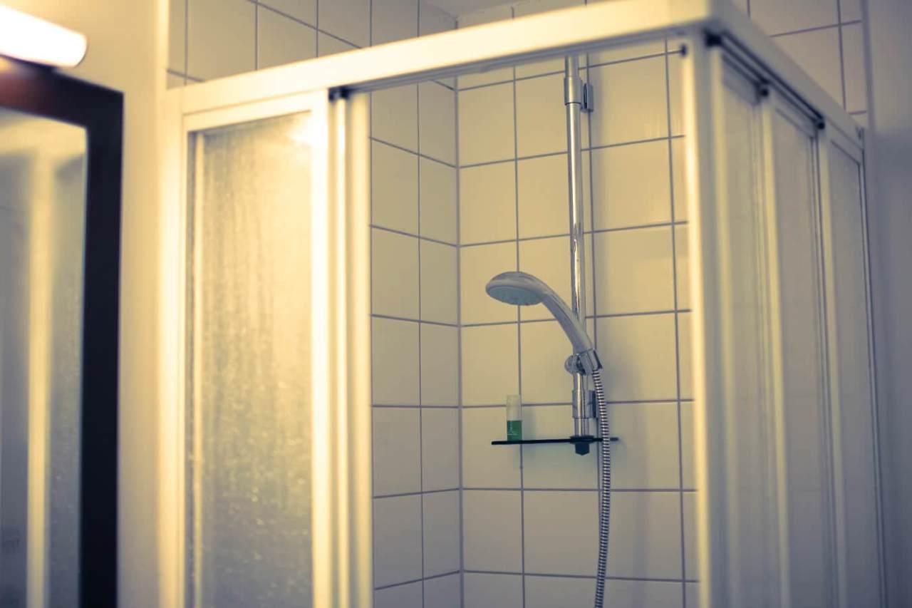 目が覚めて気分もすっきり!朝シャワーの効果的なメリット5選