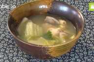 肉も野菜もとれて体に良い!おいしい水炊きの簡単な作り方・レシピ