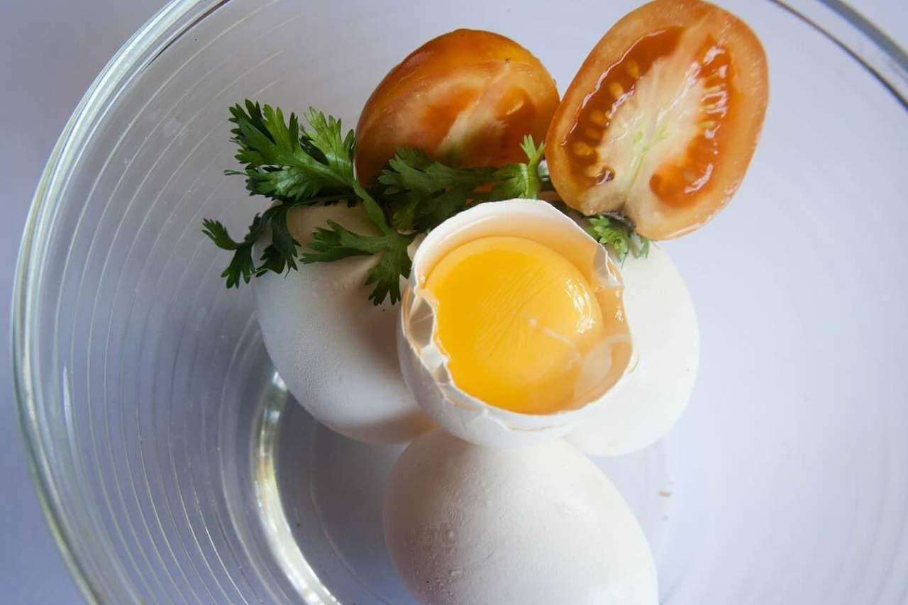 朝ごはんにおすすめ!美味しいトマトチーズオムレツの作り方・レシピ