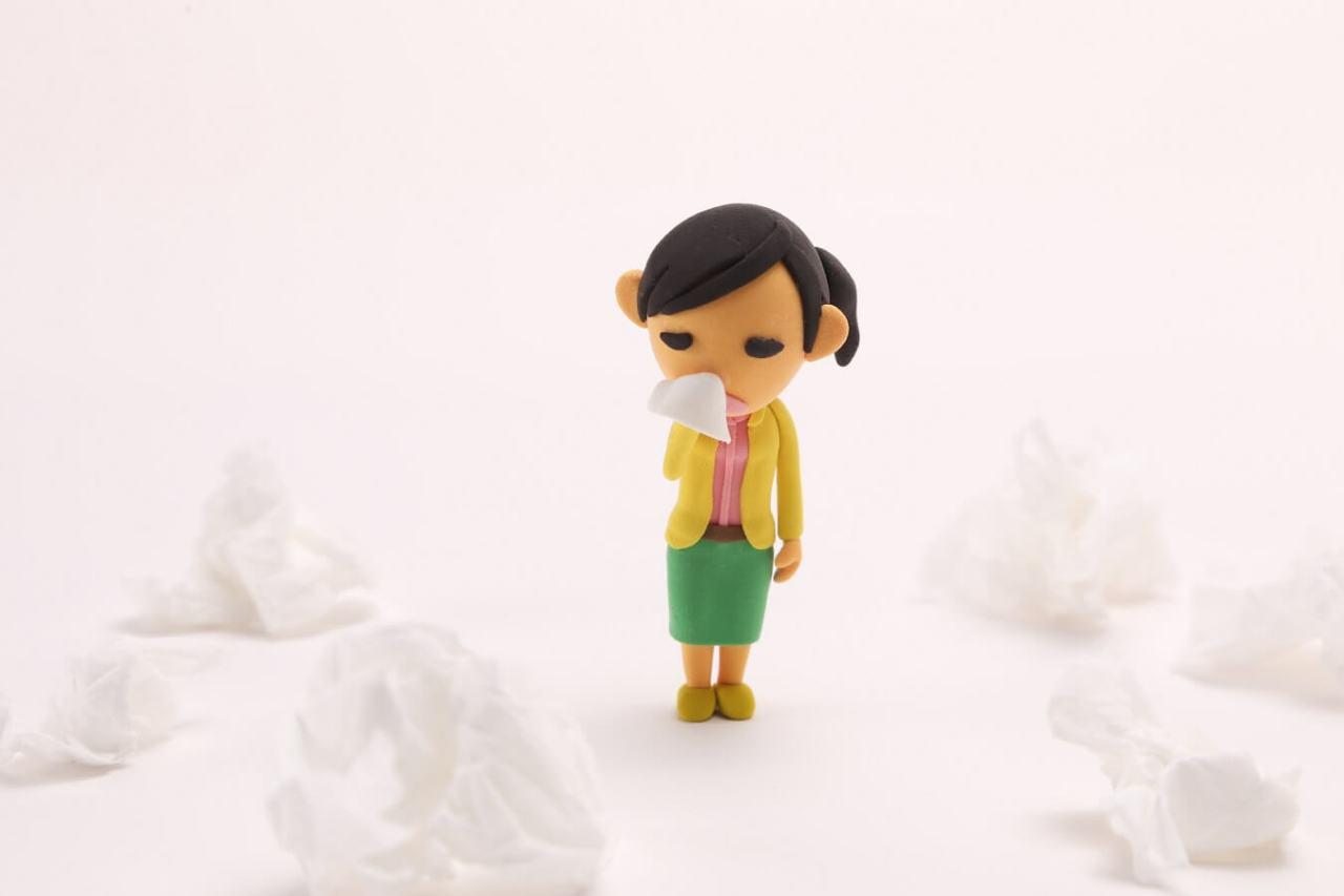 花粉症やアレルギーで止まらない!即効で簡単に鼻水を止める方法5選