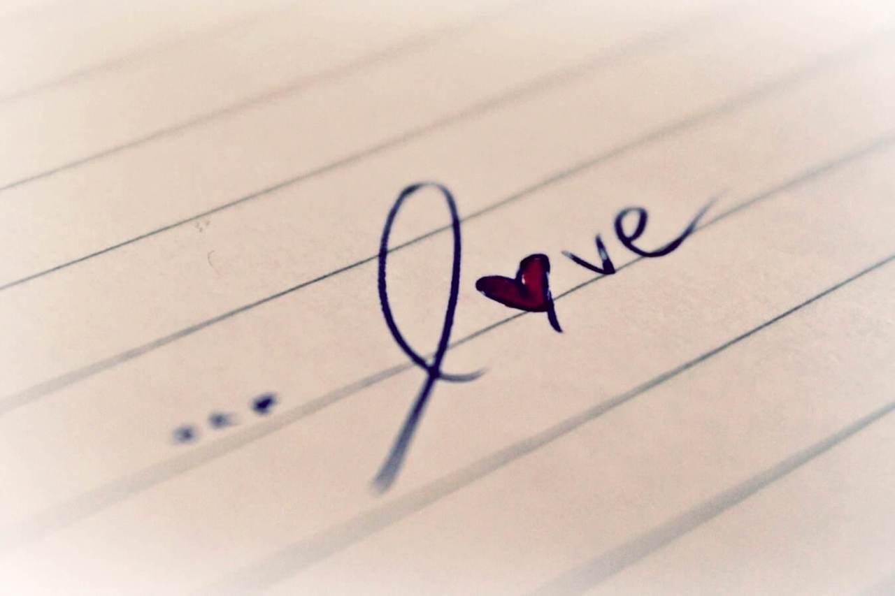 辛い恋はどうすればいい?片思いで苦しい気持ちの時の対処法3選