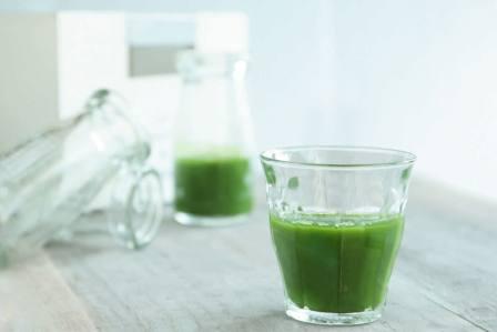 まずくて飲めない!苦い青汁を簡単においしく飲む方法やコツ5選