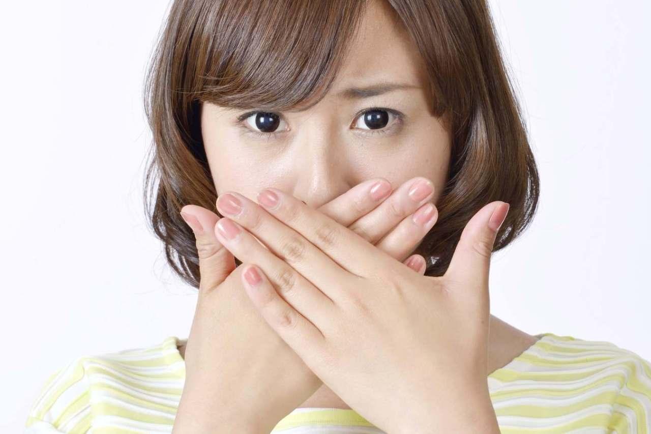 なかなか治らない!口の中や舌にできた血豆の治し方や対処法3選
