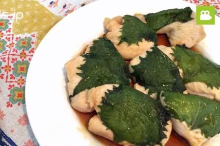 さっぱりして食べやすい!とり胸肉の大葉巻きの作り方・レシピ