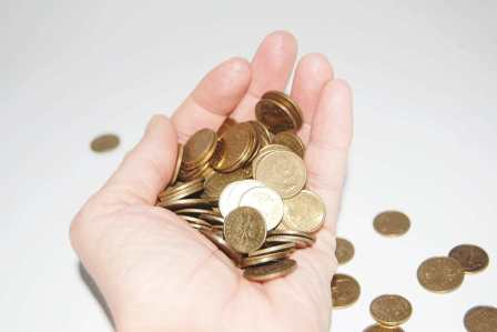 金品の出費を惜しむ!ケチな人にあるあるな特徴や性格6選