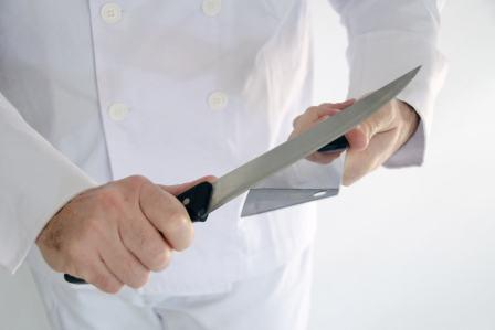便利グッズで錆び取り!包丁のサビを簡単に落とす方法3選