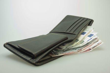 性格が丸わかり!雑でズボラな人の財布の中身の特徴5選