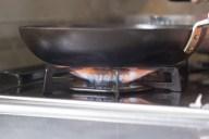 すっきり落とす!フライパンや鍋の焦げ付きの落とし方や取り方5選
