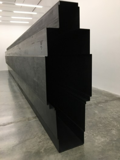 anthony-gormley-fit-passage-2016-white-cube