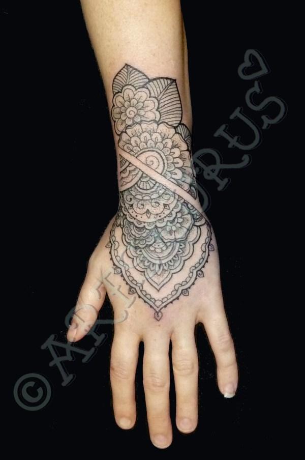 tattoo artsaurus