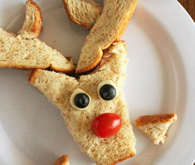Make Lunchtime Fun With This Cute Reindeer Sandwich Christmas Lunch For Kids Christmas Food