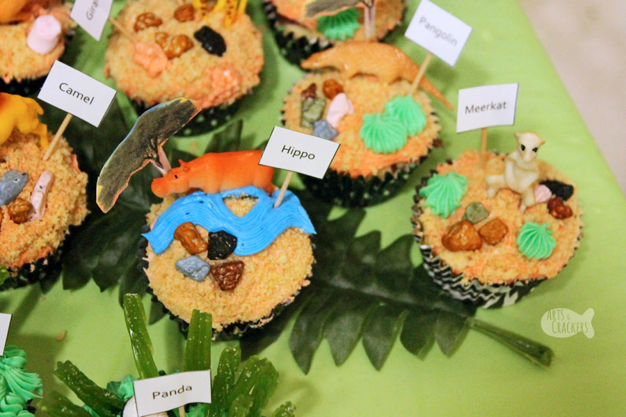 Diy Zoo Cupcake Decorating Make Your Own Cupcake Bar