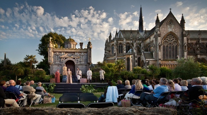 Celebrating the Bard at 450: Arundel Castle's open air Shakespeare shows