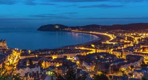 Stan Pearson - Llandudno Bay By Night
