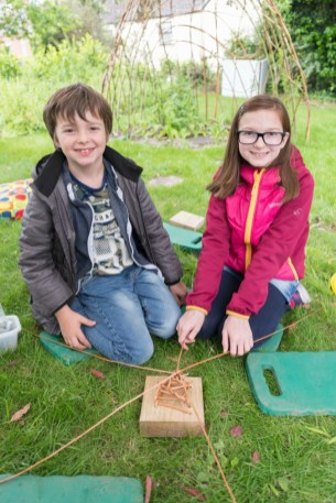 Willow bird feeder workshop