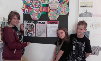 Young artists with their Evolver artworks
