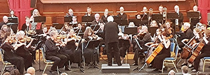 Visible enthusiasm, tangible enjoyment and thrilling conclusion | Plymouth Symphony Orchestra serve up treats at Plymouth Guildhall