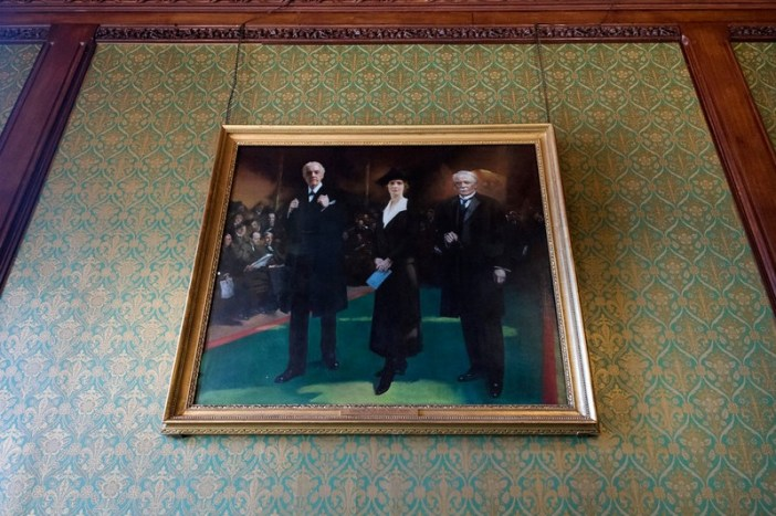 a closer view of the portrait of nancy astor