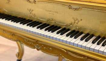 Piano Steinway & Sons New York Photo @Lise Breton