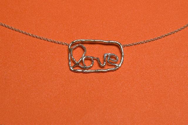 love_silver_peach