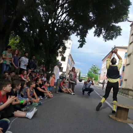 Street Performance by Henri Camembert