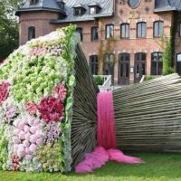The Biggest Bouquet Ever Seen