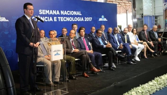 Brasil, Participação Dos Jovens Na Ciência é Fundamental Para O Desenvolvimento Do País