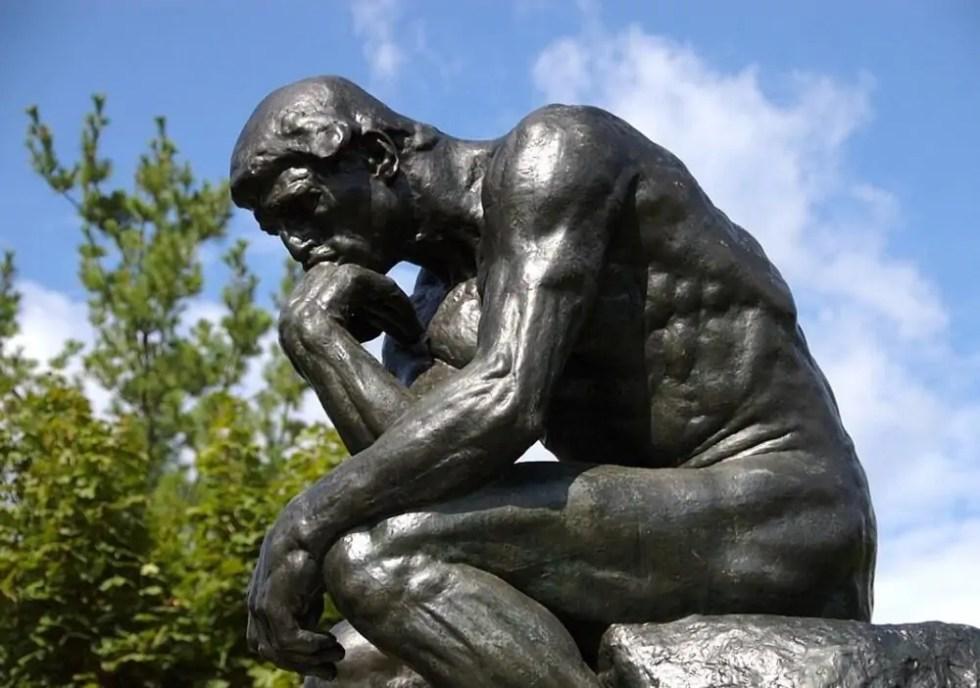 Fermo immobile, giorno e notte, dal 1880. A cosa pensa il pensatore di  Rodin? - ArtsLife