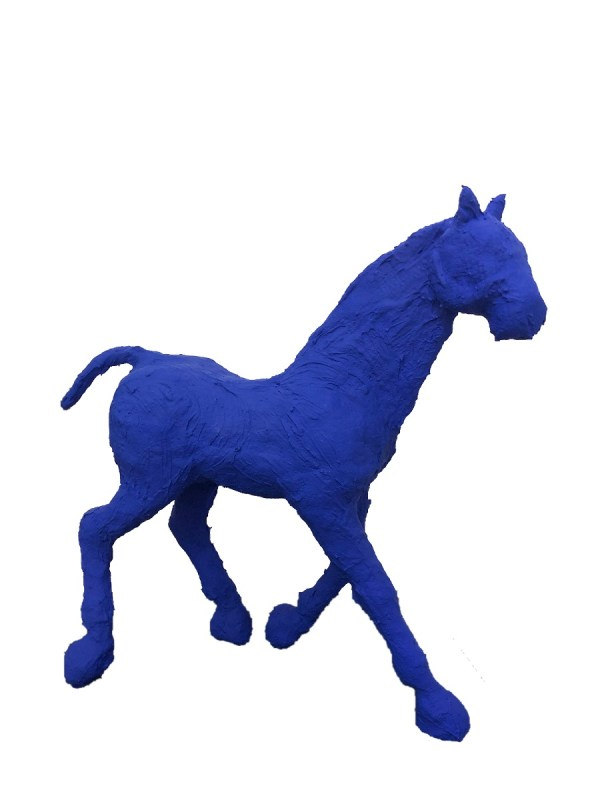 saone de stalh cheval bleu blue horse price emerging artist french outside monumental outdoors