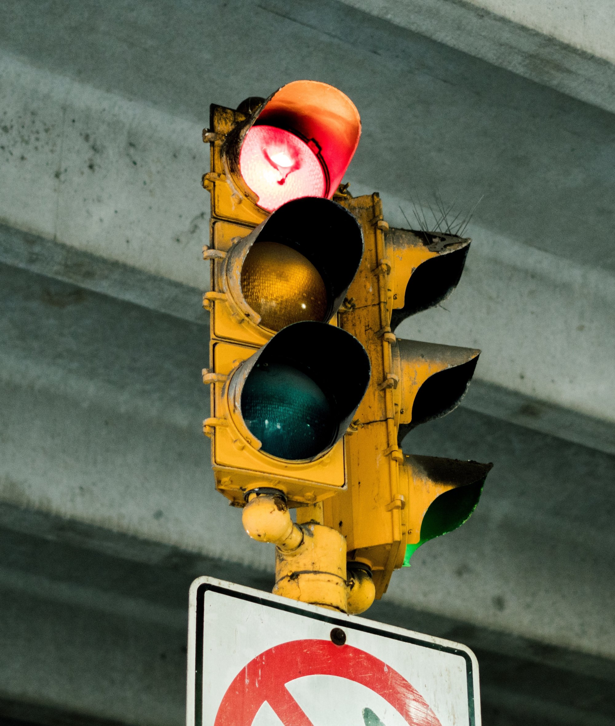 hight resolution of a brief history of traffic lights