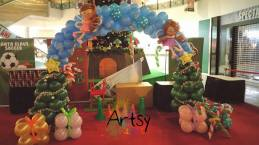 Balloon Arch with faries and christmas trees