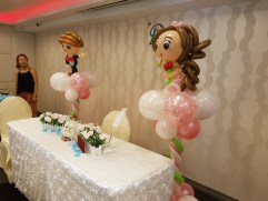 wedding balloon decorations bride and groom sculpture (5)